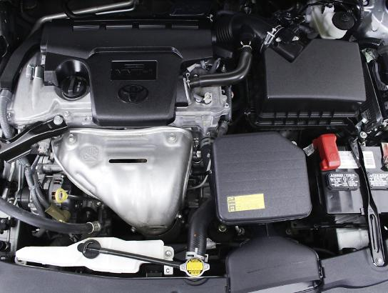 2015 - TOYOTA - CAMRY, LE