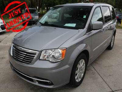 /CarsForSale/CHRYSLER-TOWN AND COUNTRY-2014-WEST PALM-FL-Stock=84452