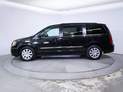 Used CHRYSLER TOWN AND COUNTRY 2016 HOLLYWOOD TOURING