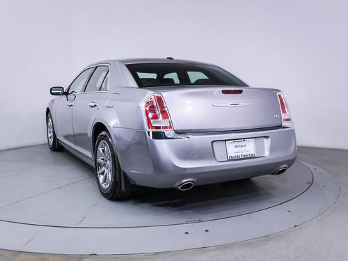 Used CHRYSLER 300C 2013 HOLLYWOOD