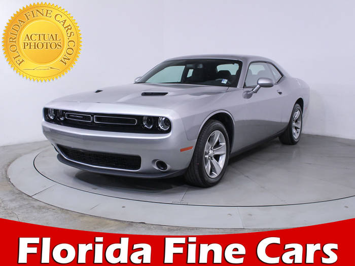 Used DODGE CHALLENGER 2017 HOLLYWOOD SXT