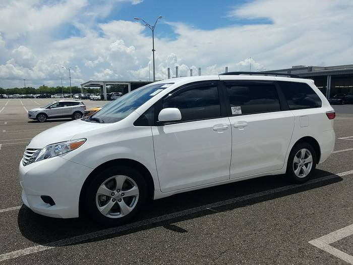 Used TOYOTA SIENNA 2016 WEST PALM Le