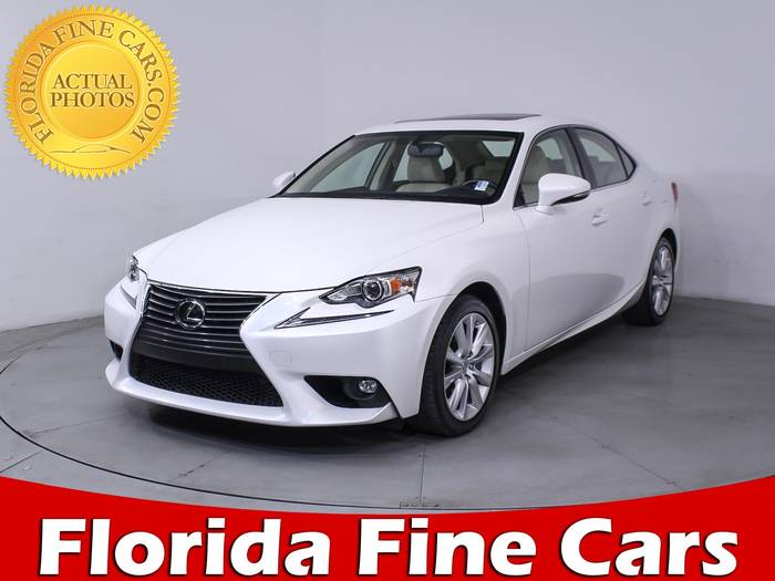 Used LEXUS IS 200T 2016 HOLLYWOOD