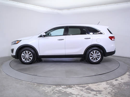 Used KIA SORENTO 2017 HOLLYWOOD Lx V6