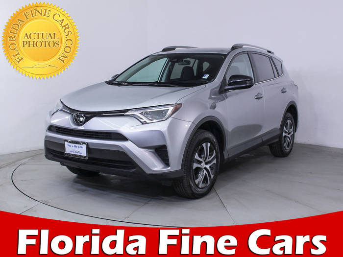 Used TOYOTA RAV4 2017 HOLLYWOOD LE