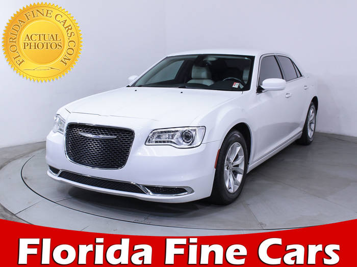 Used CHRYSLER 300 2015 MIAMI LIMITED