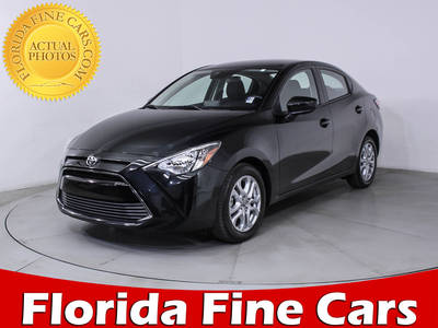 Used TOYOTA YARIS IA 2017 HOLLYWOOD