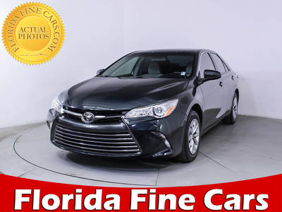Used TOYOTA CAMRY 2017 HOLLYWOOD Le