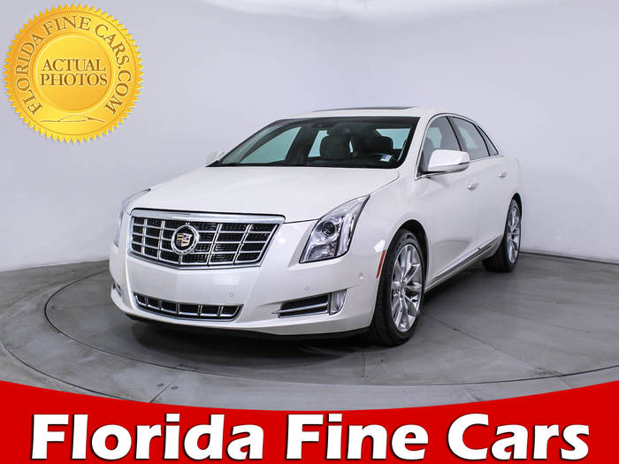 Used CADILLAC XTS 2015 HOLLYWOOD LUXURY