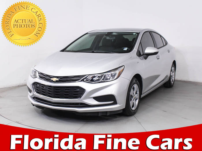Used CHEVROLET CRUZE 2017 HOLLYWOOD LS