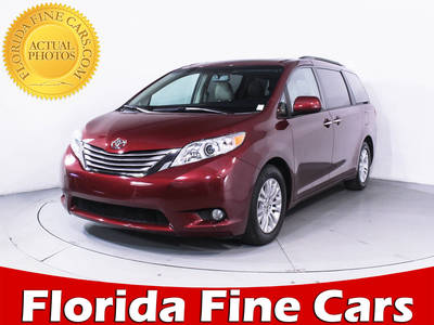 Used TOYOTA SIENNA 2015 HOLLYWOOD Xle