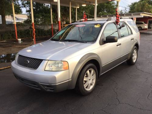 2005 FORD FREESTYLE, SE