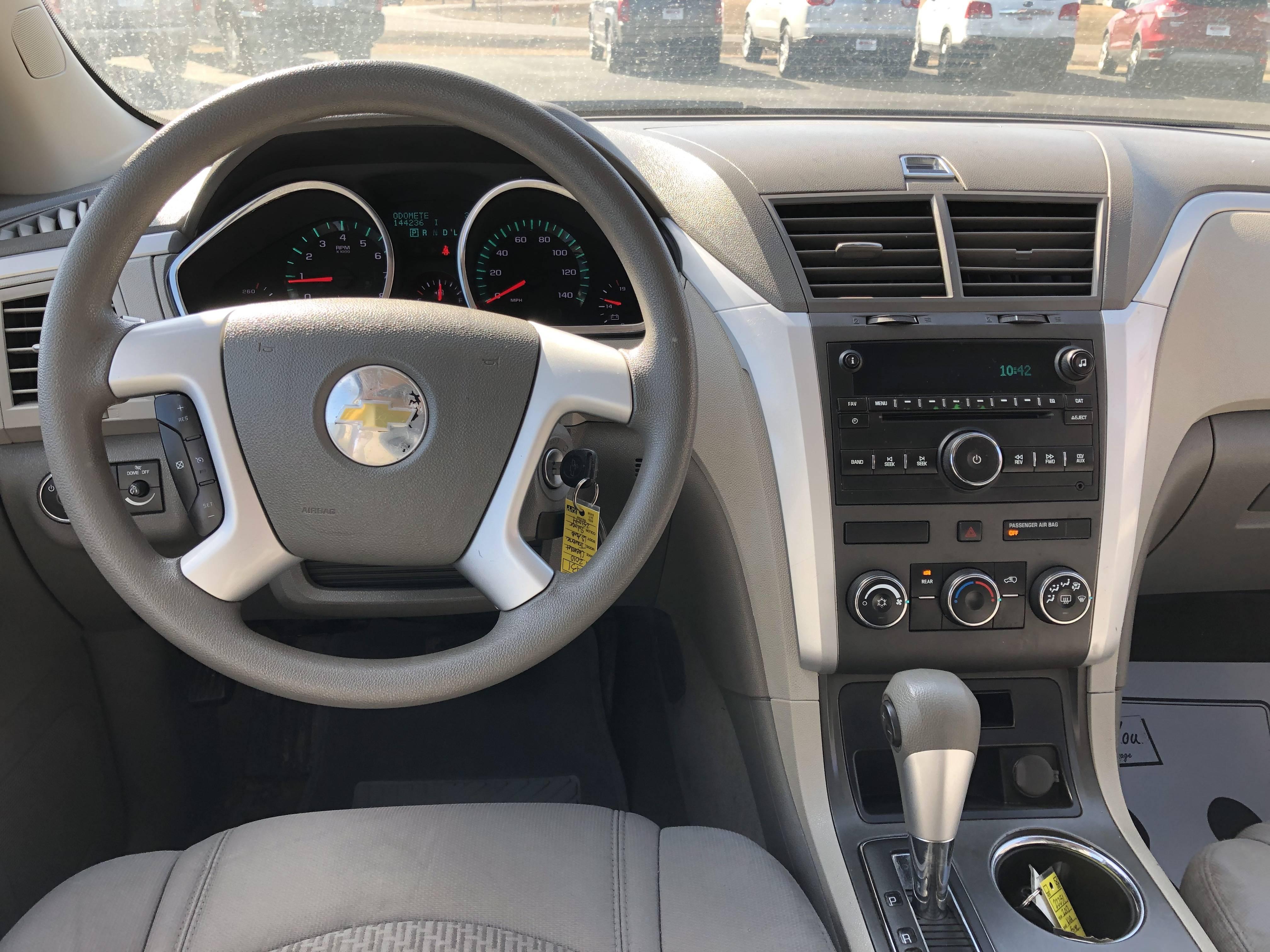 used vehicle - SUV Chevrolet Traverse 2010