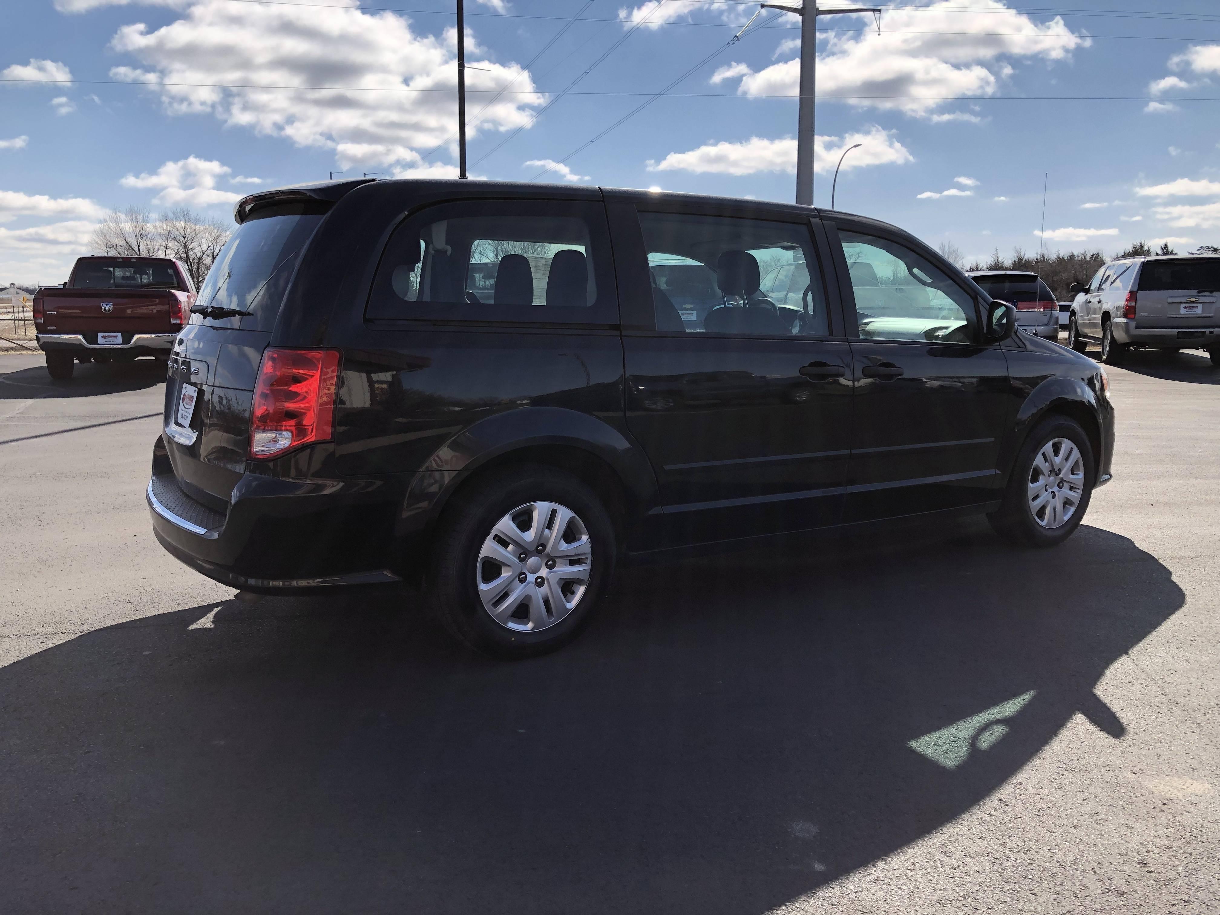 used vehicle - Passenger Van Dodge Grand Caravan 2015