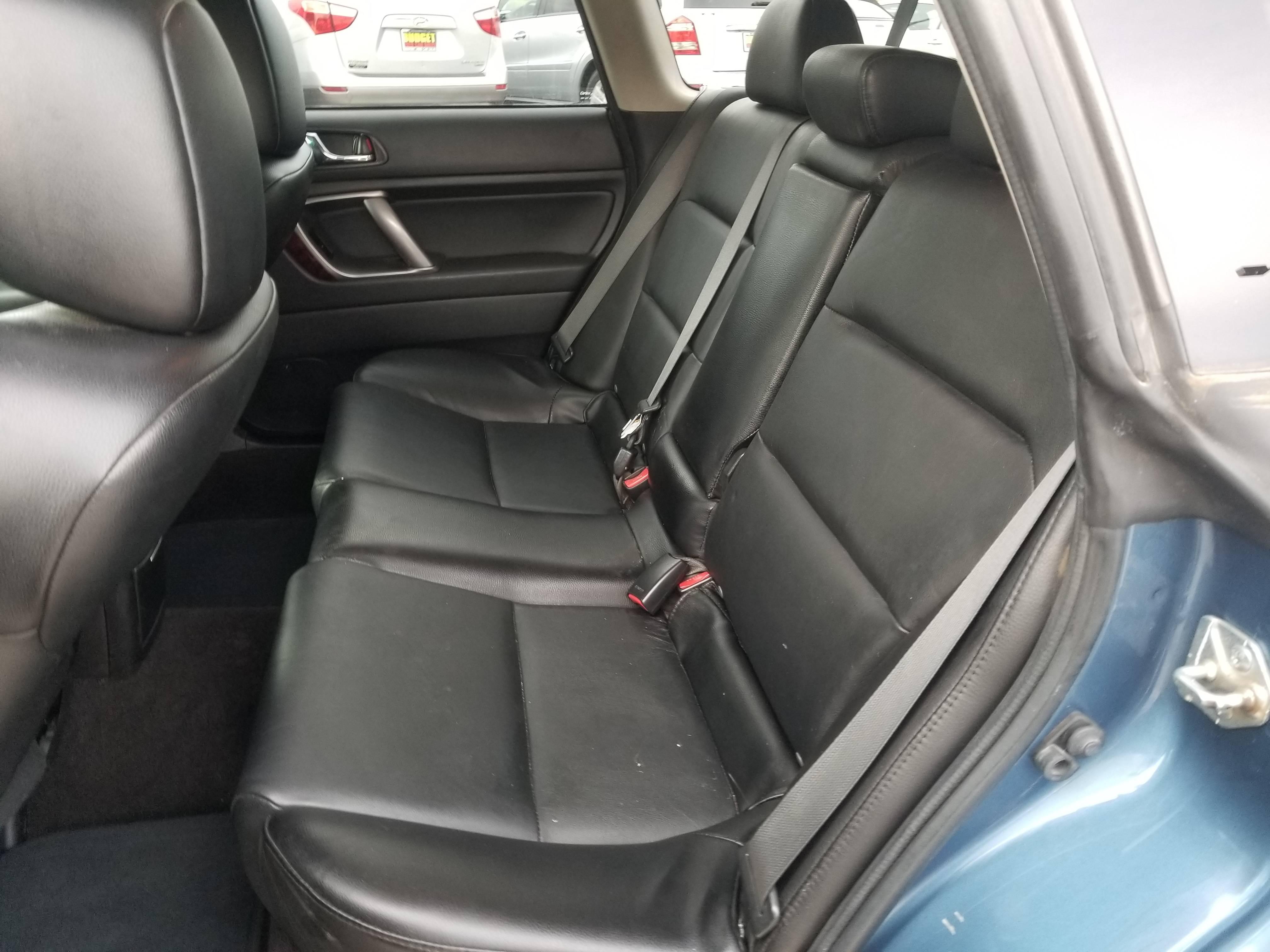used vehicle - Wagon SUBARU OUTBACK 2009