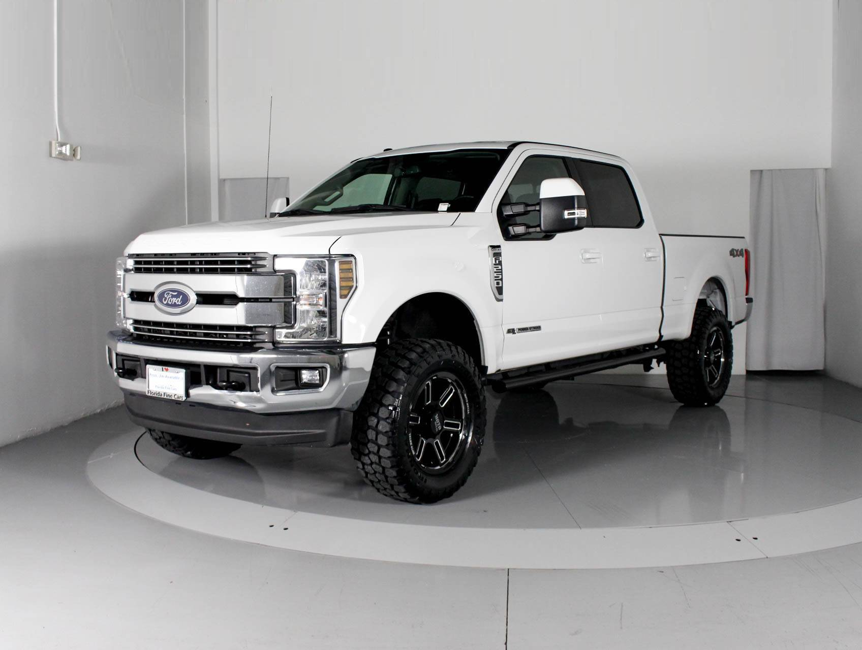 Used Ford 4x4 Trucks For Sale >> Used 2018 Ford F 250 Lariat Crew Cab 4x4 Truck For Sale In