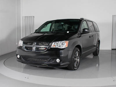 Used DODGE GRAND-CARAVAN 2017 WEST PALM SXT