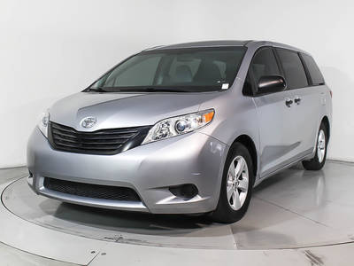Used TOYOTA SIENNA 2015 MARGATE L