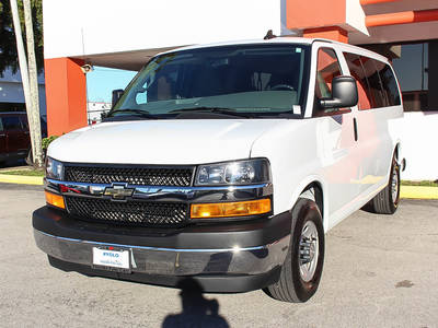 Used CHEVROLET EXPRESS 2017 MIAMI Lt Passenger