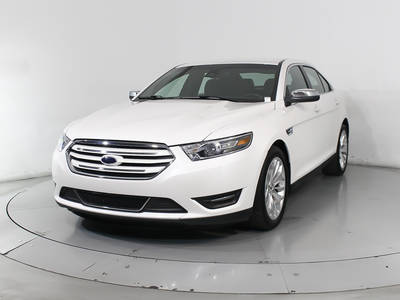 Used FORD TAURUS 2018 HOLLYWOOD LIMITED