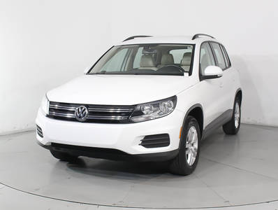 Used VOLKSWAGEN TIGUAN 2016 HOLLYWOOD S