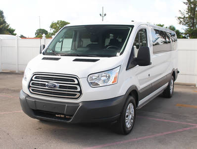Used FORD TRANSIT-WAGON 2017 MIAMI Xlt Transit Wagon