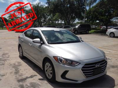 Used HYUNDAI ELANTRA 2017 HOLLYWOOD Se