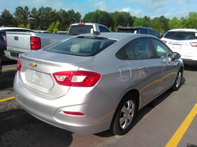 Used CHEVROLET CRUZE 2017 MIAMI LS