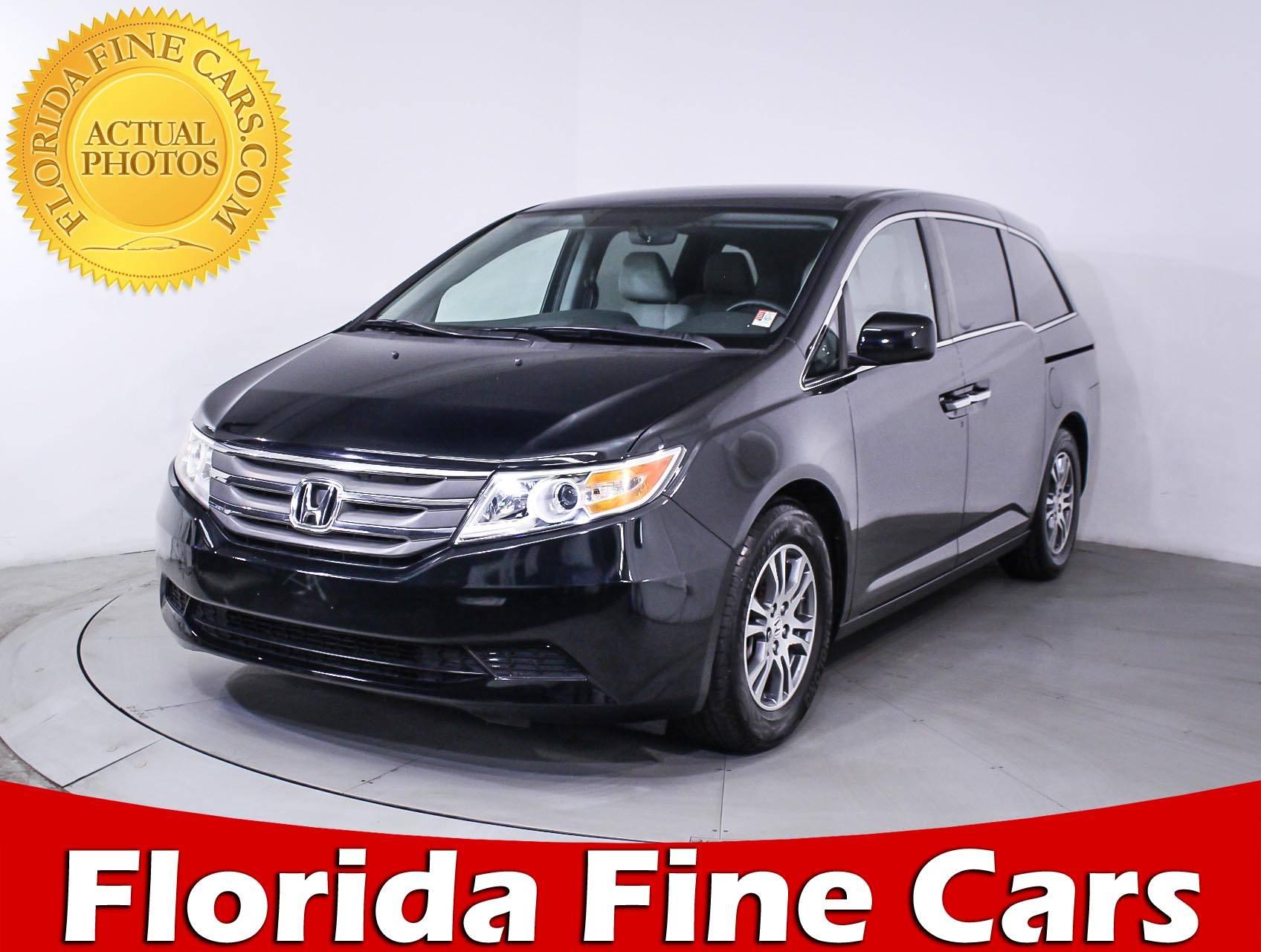 Used 2013 HONDA ODYSSEY EX Minivan for sale in MIAMI FL