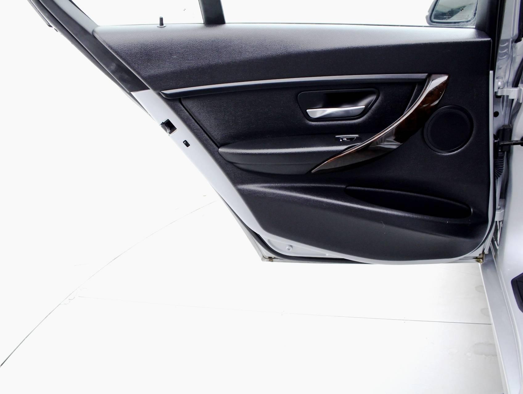 Used 2016 Bmw 3 Series 320i Xdrive Sedan For Sale In Miami