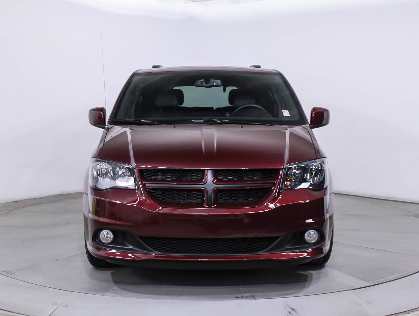used 2017 dodge grand caravan gt minivan for sale in miami. Black Bedroom Furniture Sets. Home Design Ideas