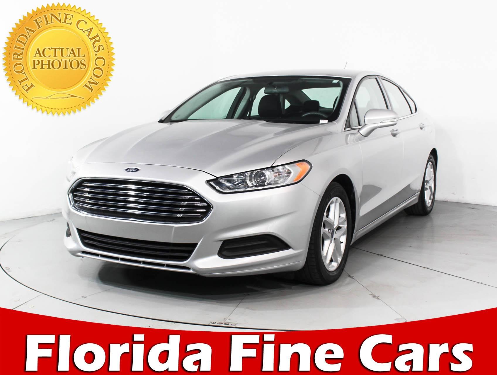 Used 2016 FORD FUSION SE Sedan for sale in MIAMI FL