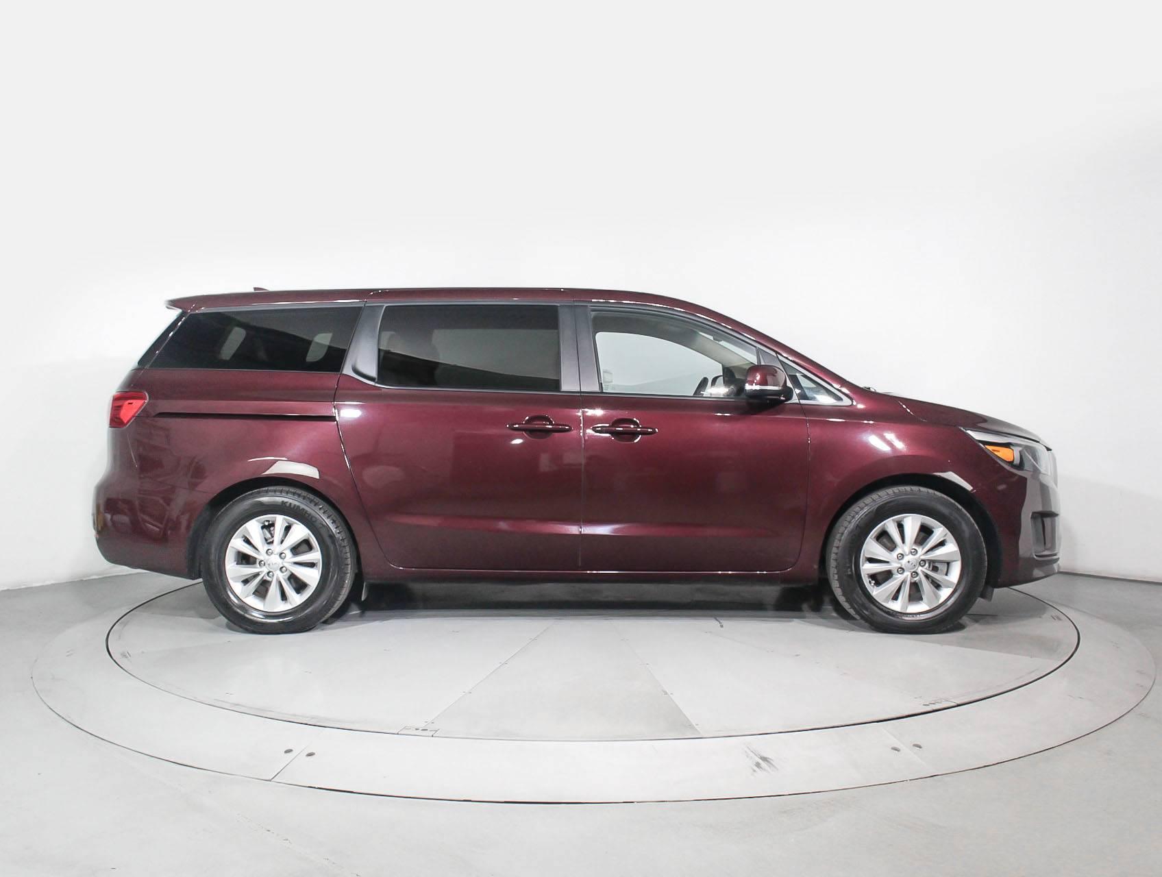 used 2017 kia sedona lx minivan for sale in hollywood fl 90665 florida fine cars. Black Bedroom Furniture Sets. Home Design Ideas