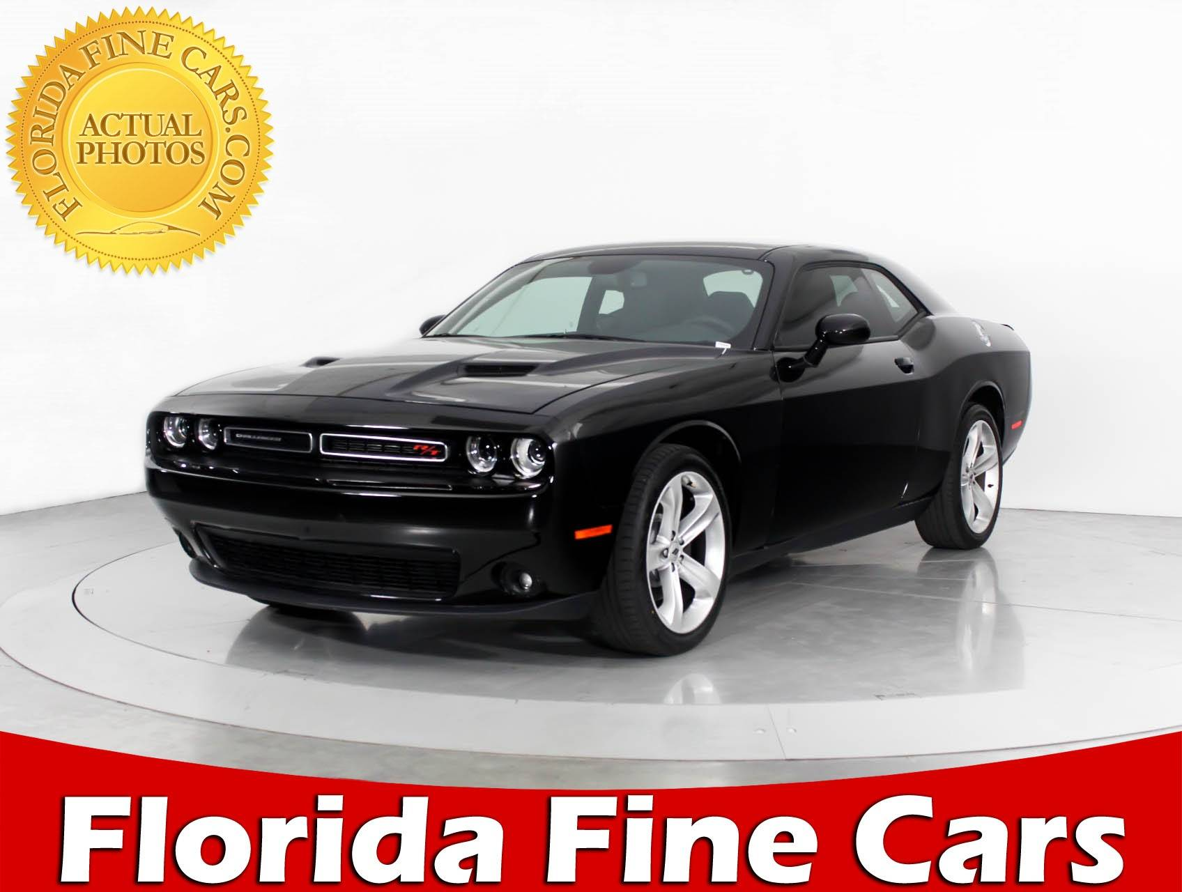 Used 2017 DODGE CHALLENGER R/t Coupe for sale in MIAMI, FL | 90725 ...