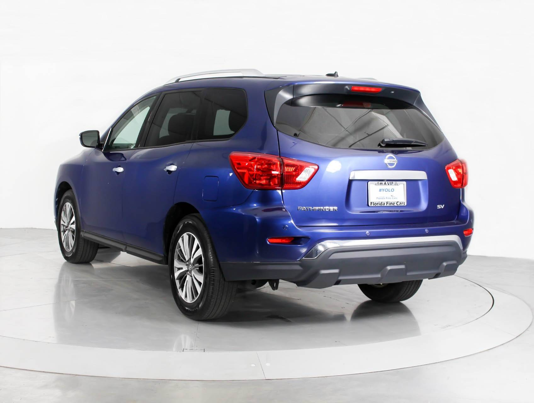 parkers used wagon station pathfinder review nissan