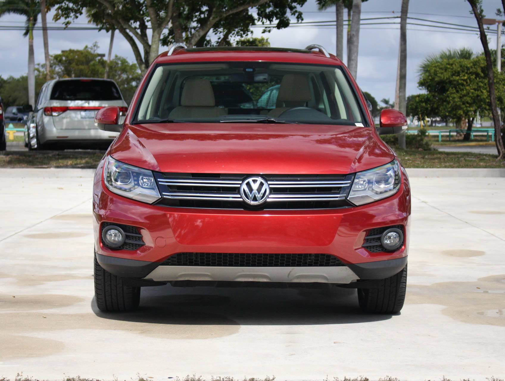 volkswagen suv exterior reviews review side tiguan view