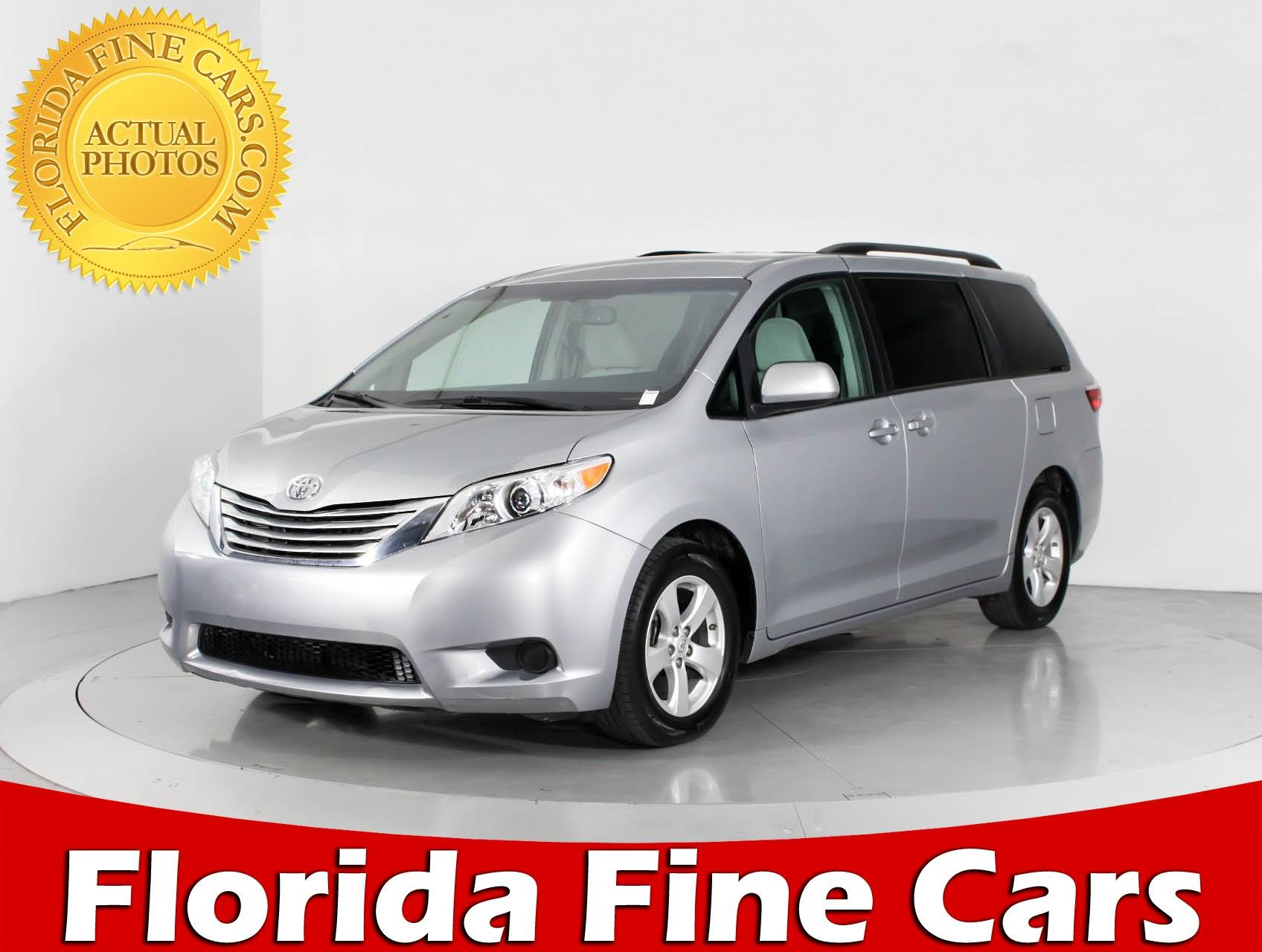 Used 2016 TOYOTA SIENNA Le Minivan for sale in WEST PALM FL