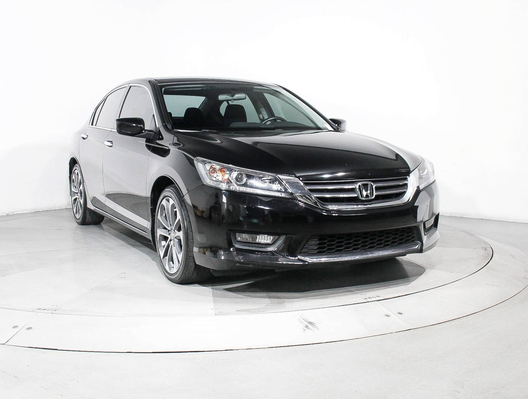Used 2015 honda accord sport sedan for sale in miami fl for Honda accord sport for sale near me
