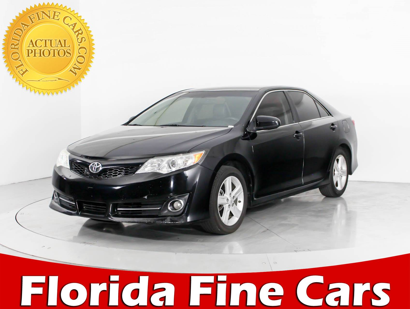 Used 2013 TOYOTA CAMRY Se Sedan for sale in WEST PALM FL