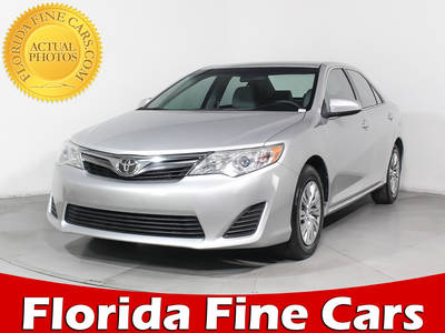 Used TOYOTA CAMRY 2014 HOLLYWOOD Le