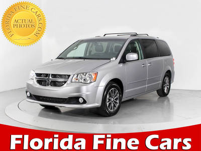 Used DODGE GRAND-CARAVAN 2017 HOLLYWOOD SXT