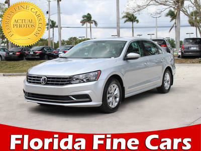 Used VOLKSWAGEN PASSAT 2017 HOLLYWOOD S