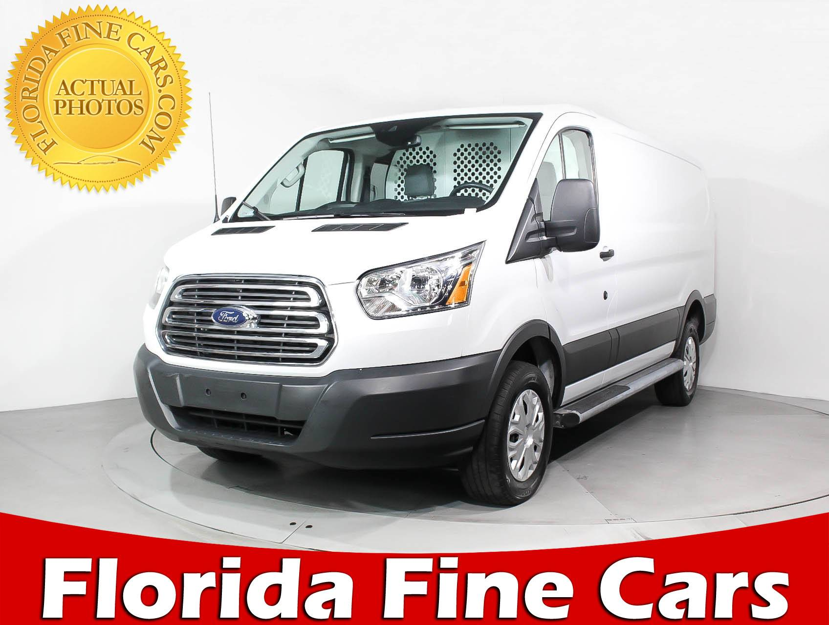 Ford Cargo Vans