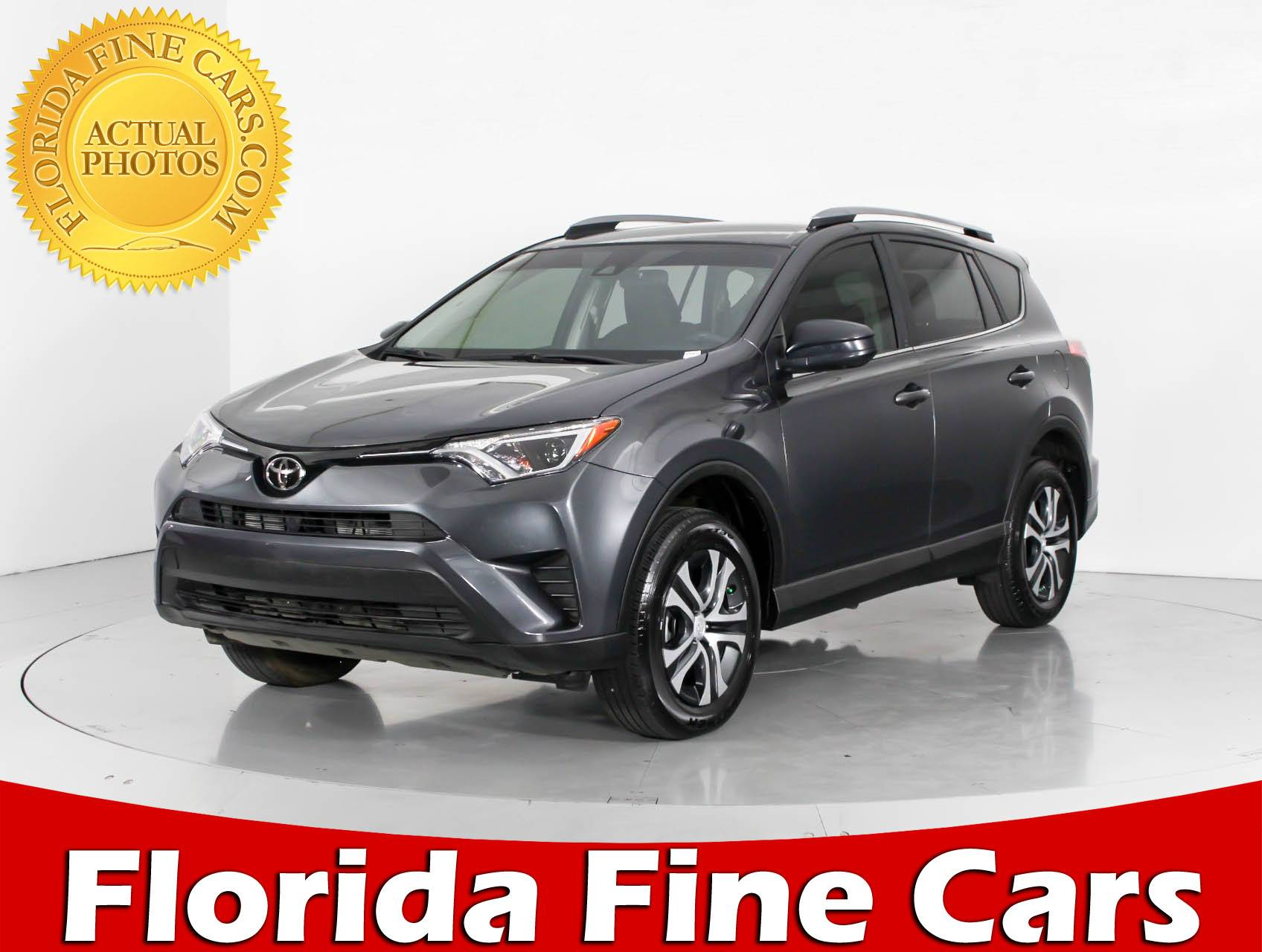 Used 2017 TOYOTA RAV4 LE SUV for sale in WEST PALM FL