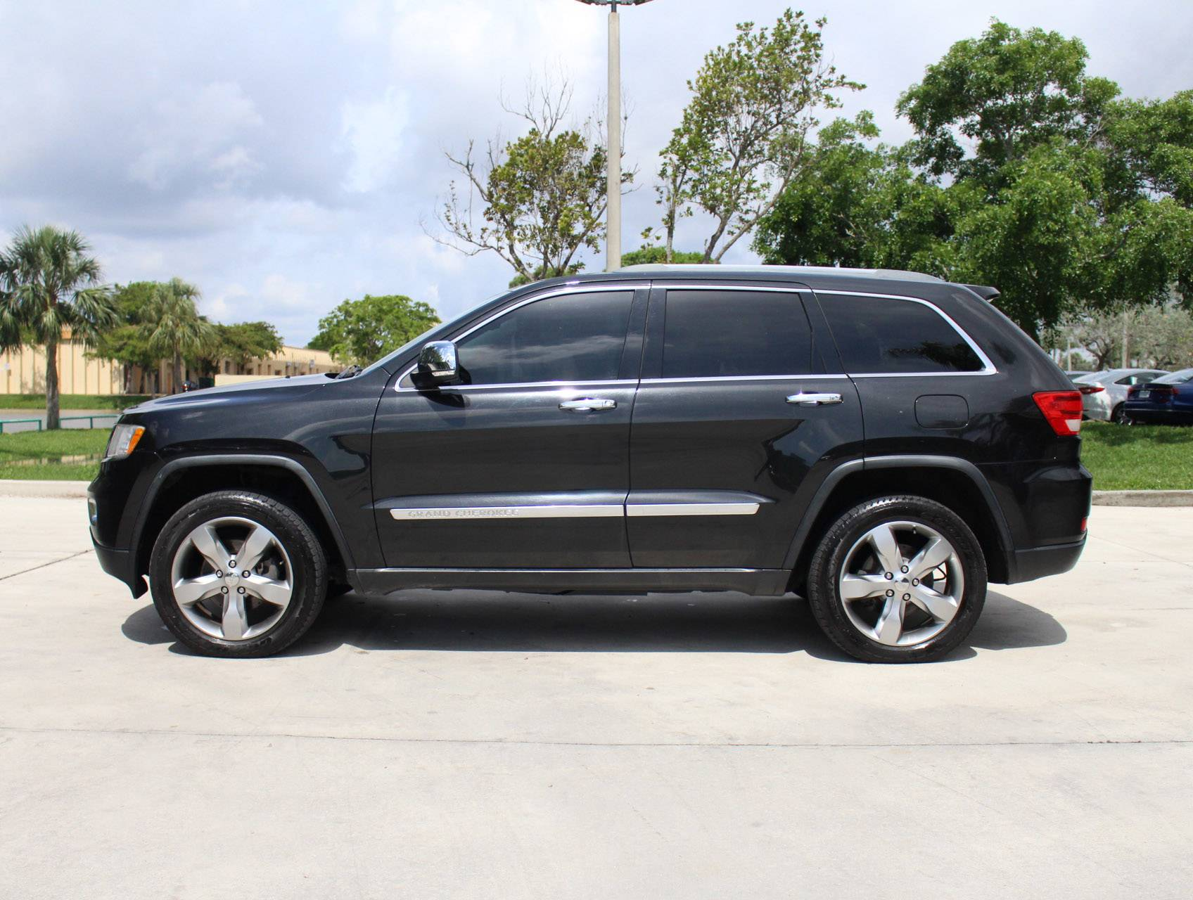 Used 2011 Jeep Grand Cherokee Overland 4x4 Suv For Sale In Margate Fl 93400 Florida Fine Cars
