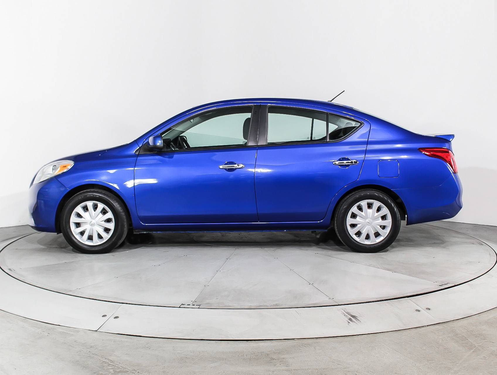 sale for inventory nissan large versa bc in