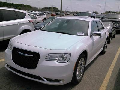 Used CHRYSLER 300C 2017 MIAMI