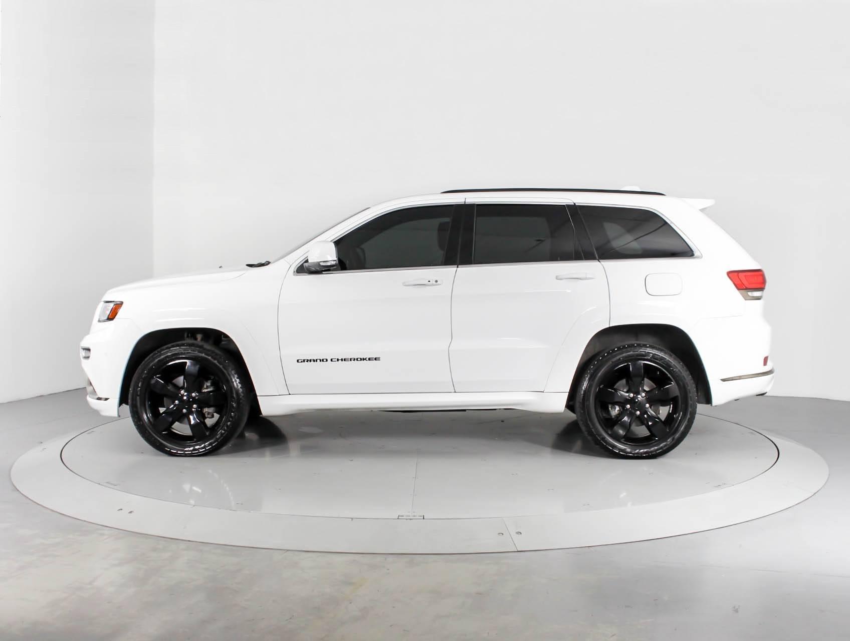 Top Jeep White Jeep Grand Cherokee Black Rims