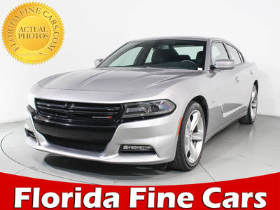 Used DODGE CHARGER 2017 HOLLYWOOD R/t