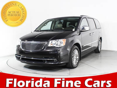 Used CHRYSLER TOWN-AND-COUNTRY 2016 MIAMI Touring L Anniversar